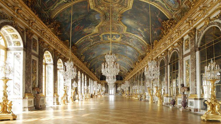 La galerie des Glaces mesure 73 mètres de long sur 10 mètres de large  (C.Lepetit / Only France)