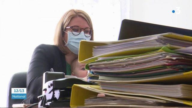 Confinement : le casse-tête d'une mère de famille qui travaille à distance