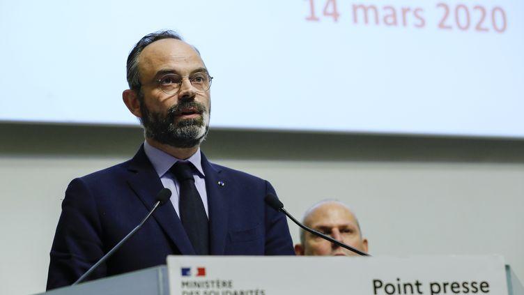 Le Premier ministre Edouard Philippe lors d'une déclaration au ministère de la Santé, samedi 14 mars à Paris. (THOMAS SAMSON / AFP)