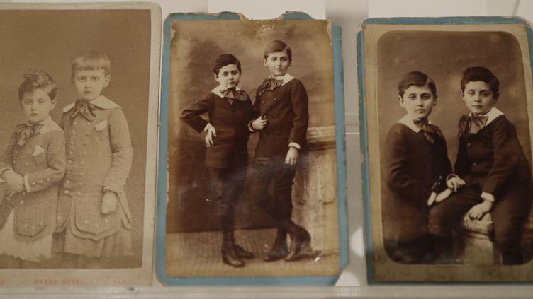 Photos de Marcel Proust jeune (1882) avec son frère Robert  (FRANCOIS GUILLOT / AFP)