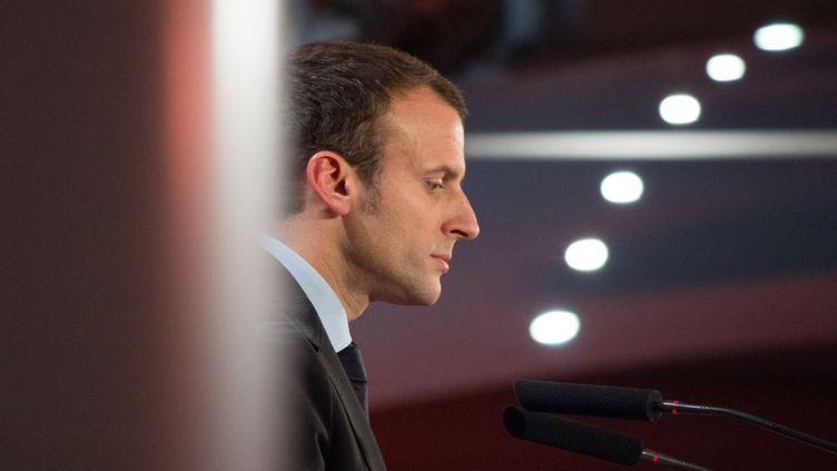 Emmanuel Macron, le 5 novembre 2016, lors d'un meeting à Paris. (PAUL ALFRED-HENRI / CITIZENSIDE / AFP)