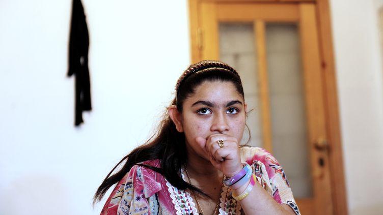 Leonarda Dibrani, 15 ans, à Mitrovica au Kosovo, le 16 octobre 2013. (ARMEND NIMANI / AFP)
