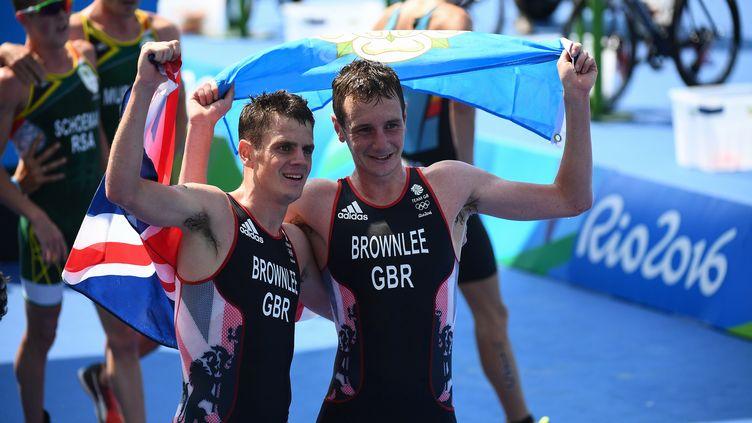 Les frères Brownlee rois du triathlon (LEON NEAL / AFP)