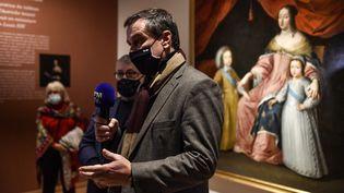 Le maire de Perpignan (RN) au musée Hyacinthe-Rigaud :Louis Aliot vient de rouvrir quatre musées de la ville (9 février 2021) (RAYMOND ROIG / AFP)