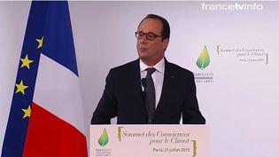 François Hollande s'exprime au sommet des consciences pour le climat, le 21 juillet 2015 à Paris. (  FRANCETV INFO )