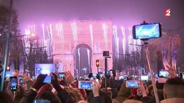Nouvel An : la nuit de la Saint-Sylvestre fêtée dans toute la France