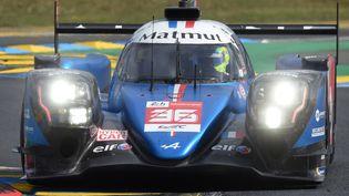 La voiture Alpine lors des 24h du Mans 2021, le 19 août. (JEAN-FRANCOIS MONIER / AFP)