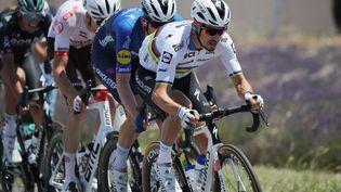 Julian Alaphilippe sur la 12e étape du Tour de France, jeudi 8 juillet. (CHRISTOPHE PETIT-TESSON / EPA / AFP)