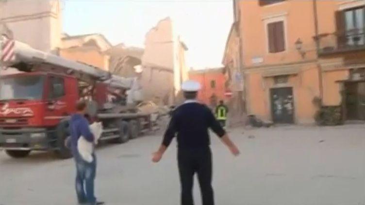 La basilique Saint-Benoît détruite par le séisme à Norcia (Italie), le 30 octobre 2016. (AP / SKY ITALIA)