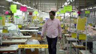 Un directeur d'une usine de textile en Inde (FRANCEINFO)