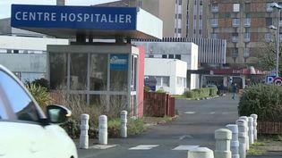 Cyberattaques : quand les hôpitaux sont pris pour cibles (France 2)