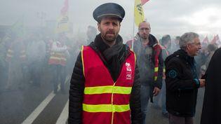Des manifestants contre la réforme des retraites, le 17 décembre 2019, à Toulouse (Haute-Garonne). (FREDERIC SCHEIBER / HANS LUCAS / AFP)