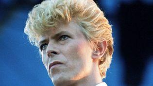 """David Bowie lors de sa tournée """"Serious Moonlight Tour"""" en 1983  ( ITV/Shutterstock/SIPA)"""