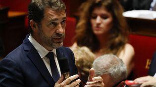 Le ministre de l'Intérieur, Christophe Castaner, lors d'une session de questions au gouvernement, à l'Assemblée, le 26 juin 2019. (THOMAS SAMSON / AFP)