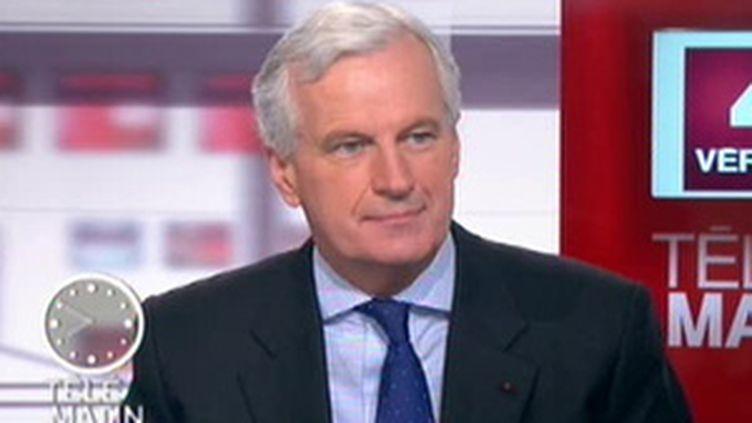 Le ministre de l'Agriculture et de la Pêche, Michel Barnier, sur France 2 (© F2)