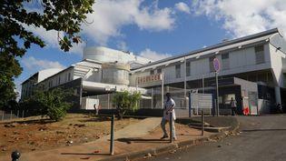L'hôpital de Mamoudzou, à Mayotte. (ALI AL-DAHER / AFP)
