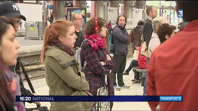 Grève des cheminots : partout en France, des usagers coincés en gare