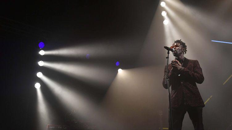 Eric Burton, le chanteur des Black Pumas, aux dernières Trans Musicales de Rennes. (THOMAS BR?GARDIS / MAXPPP)