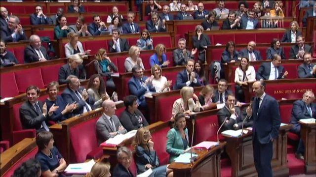 Philippe face à Ruffin à l'Assemblée