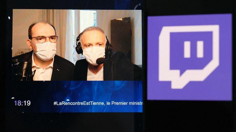 Le Premier ministre, Jean Castex, interrogé par le journaliste Samuel Etienne sur la plateforme de streaming Twitch, le 14 mars 2021. (BENOIT DURAND / HANS LUCAS)