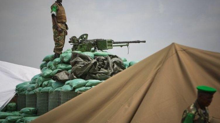 Un soldat de l'Amisom, posté à Modagiscio. (STUART PRICE / AU-UN IST / AFP)