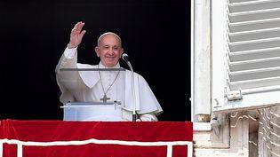Le pape François sur la place Saint-Pierre au Vatican, le 1er septembre 2019. (TIZIANA FABI / AFP)
