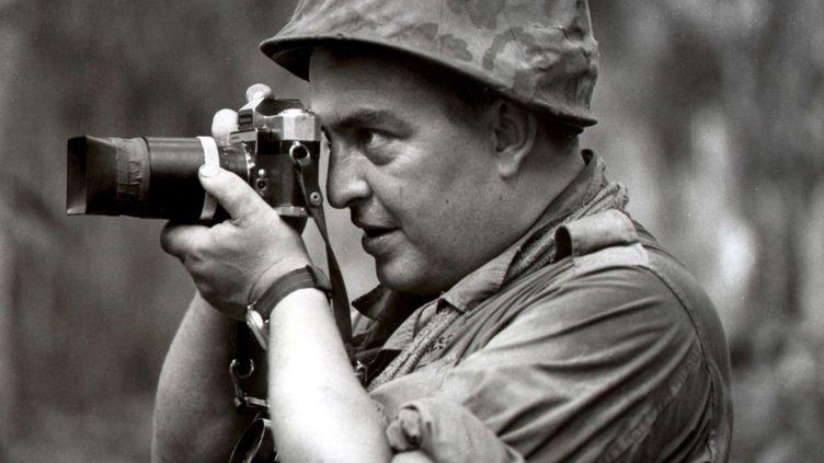 Le photographe allemand Horst Faas au Vietnam, en 1967. (AP / SIPA)
