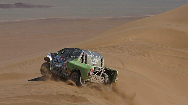 Le Saoudien Yazeed Al-Rajhi dans les dunes