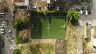 Envoyé spécial. Les terrains de foot synthétiques, une fausse bonne idée ? (FRANCE 2 / FRANCETV INFO)