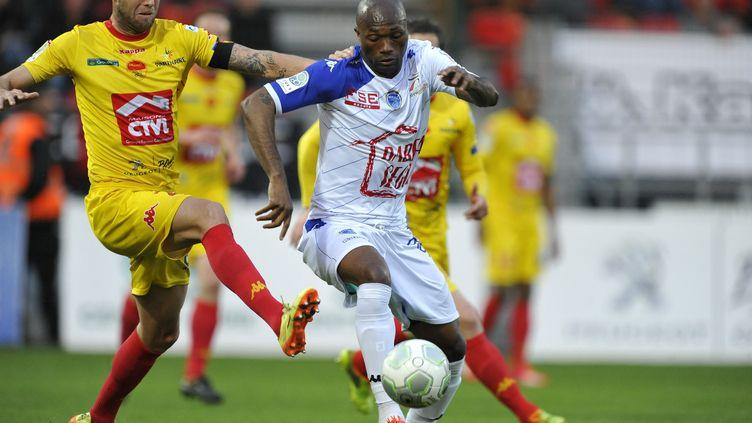 Duel entre Maxime Brillault et Christian Bekamenga (PASCAL PROUST / MAXPPP)