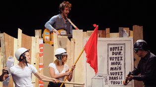 """Filage de la pièce """"Hommage a Georges Wolinski : Je ne veux pas mourir idiot"""", août 2015  (DELALANDE RAYMOND/SIPA)"""