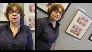 """Florence Cestac devant l'une de ses planches originales au Salon du livre, exposition """"Regards de femmes""""  (Laurence Houot / Culturebox)"""