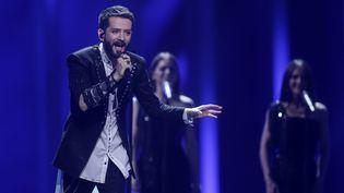 Eugent Bushpepa, candidat albanais au concours de l'Eurovision, lors de la première demi-finale, à Lisbonne, le 8 mai 2018. (JOERG CARSTENSEN / DPA)