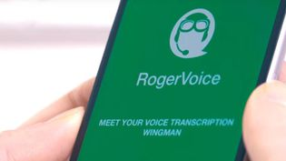 Les opérateurs téléphoniques lancent une application pour les sourds et malentendants (Capture écran YouTube)