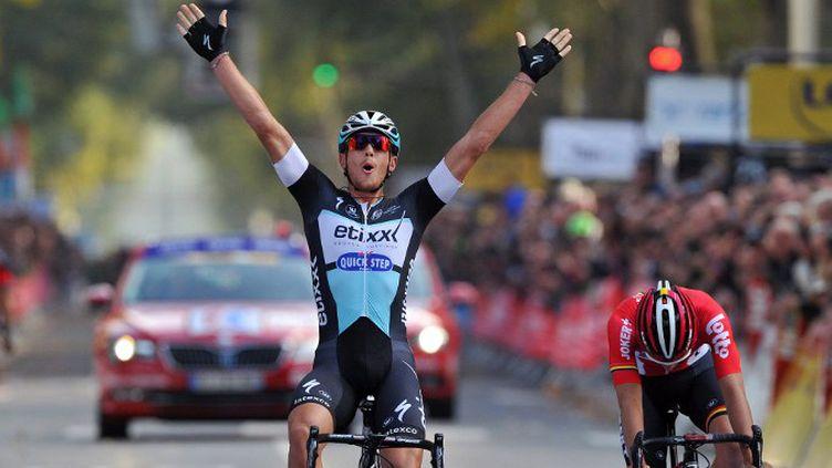 Matteo Trentin s'est montré le plus costaud au sprint  (GUILLAUME SOUVANT / AFP)