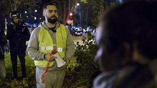 """La figure des """"gilets jaunes"""" Eric Drouet, le 17 novembre 2018, à Paris. (CHRISTOPHE PETIT TESSON / EPA)"""