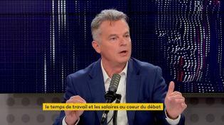 """Fabien Roussel, secrétaire national du Parti Communiste et candidat à l'élection présidentielle,était l'invité du """"8h30 franceinfo""""lundi 18octobre. (FRANCEINFO / RADIOFRANCE)"""