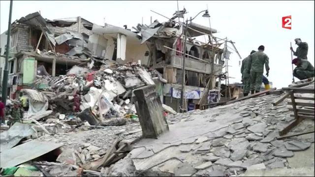 Séisme en Équateur : au moins 272 morts et plus de 2 000 blessés