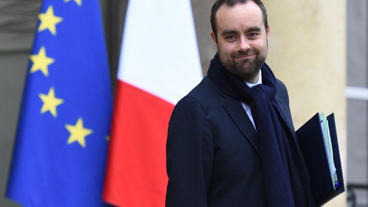 Le secrétaire d'État à la Transition écologique Sébastien Lecornu, le 13 décembre 2017, à Paris. (BERTRAND GUAY / AFP)