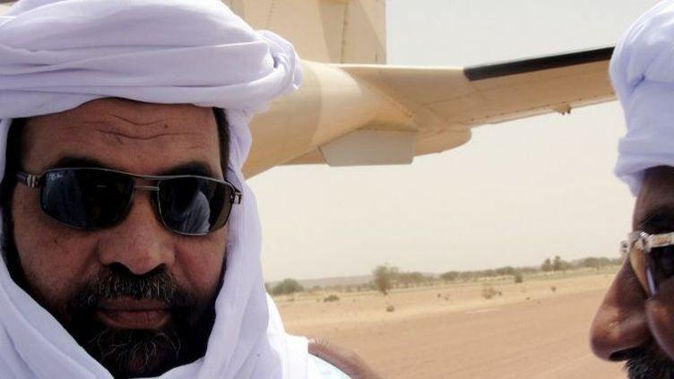 Iyad Ag Ghali à l'aéroport de Kidal (Mali) le 7 août 2012 (ROMARIC OLLO HIEN / AFP)