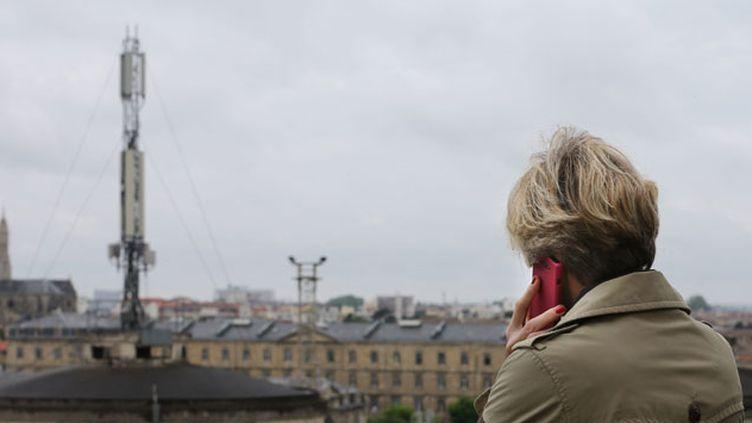 (Selon l'association Next-up, 70.000 personnes souffriraient d'électrosensibilité en France. © Maxppp)