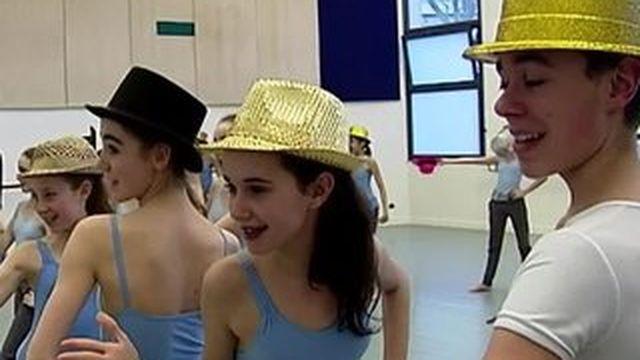 Opéra de Paris : l'école de danse mise sur l'excellence