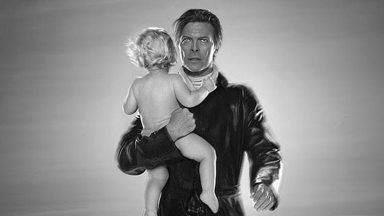David Bowie vu par le photographe Markus Klinko : des clichés spectaculaires exposés à la Galerie ArtCube à Paris jusqu'au 29 juillet 2016.  (Markus Klinko)