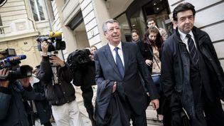 Le depute maire de Levallois Perret, Patrick Balkany sort du pôle financier à Paris, le 21 octobre 2014. (  MAXPPP)