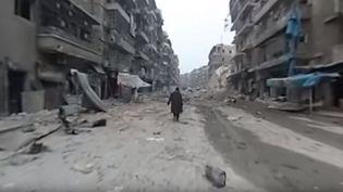 Capture d'écran d'une vidé montrant le quartier de Chaar en Syrie. (ALEPPO MEDIA CENTER / YOUTUBE)