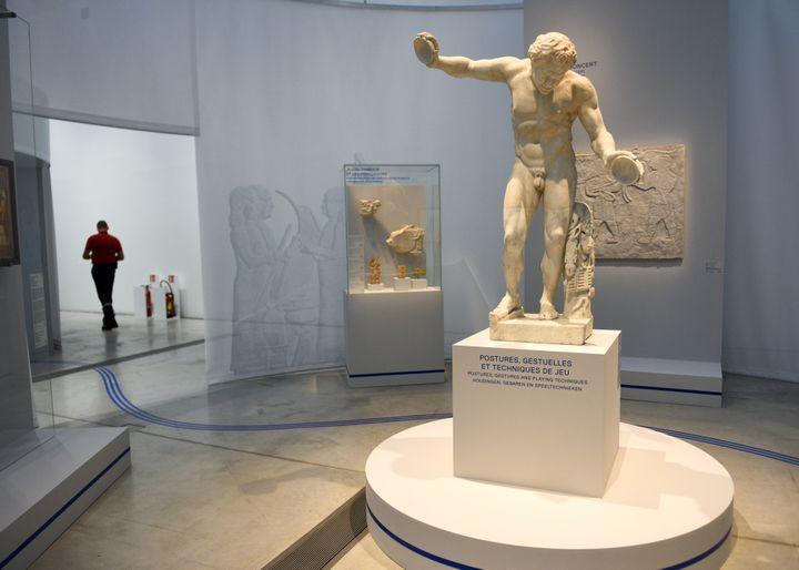 Une salle de l'exposition du Louvre-Lens  (DENIS CHARLET / AFP)