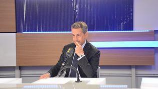 Nicolas Sarkozy,le 2 novembre 2016 sur franceinfo (Jean-Christophe Bourdillat / Radio France)