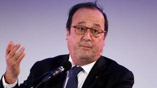 L'ex-président de la République François Hollande, le 3 avril 2018, lors d'une prise deparoleà Rotterdam (Pays-Bas). (BAS CZERWINSKI / ANP)