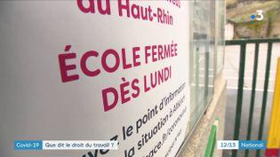 La fermeture des établissements scolaire dans l'Oise et le Haut-Rhin en raison de l'épidémie de Covid-19 va poser problème aux parents qui travaillent. Quels sont leurs droits ? (France 3)