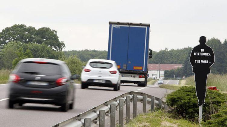 (La direction de la sécurité routière du préfet de la Moselle a mis en place ces silhouettes dissuasives en mai © MAXPPP / IP3 PRESS)